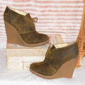 ENZO ANGIOLINI Wedge Heel Ankle Booties EAFLORY 8M